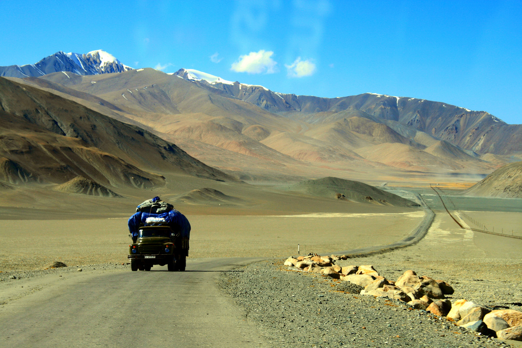 Pamir Highway - by Kvitlauk (Creative Commons)
